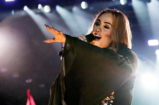 Adele-Glastonbury-Festival-2016-June-Billboard-1548