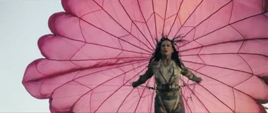 rs_1024x434-160804180109-1024.katy-perry-rise-music-video.bn.080416